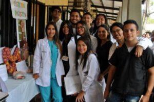 Cómo puedo estudiar medicina en Cuba