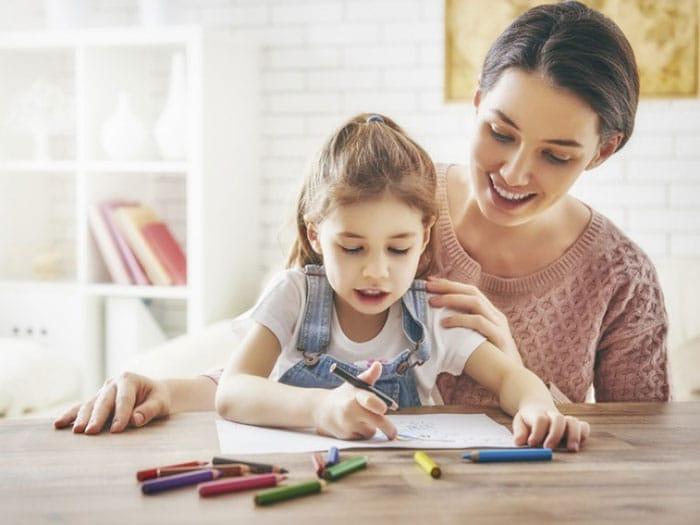 cómo ayudar a mi hijo a estudiar para un examen