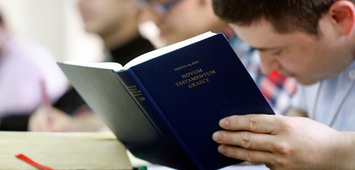 ¿Cómo Estudiar Teología Bíblica?