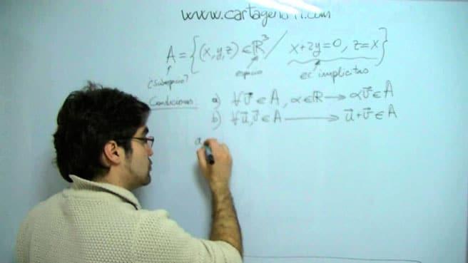 que estudia el álgebra,