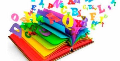 que estudia la gramática