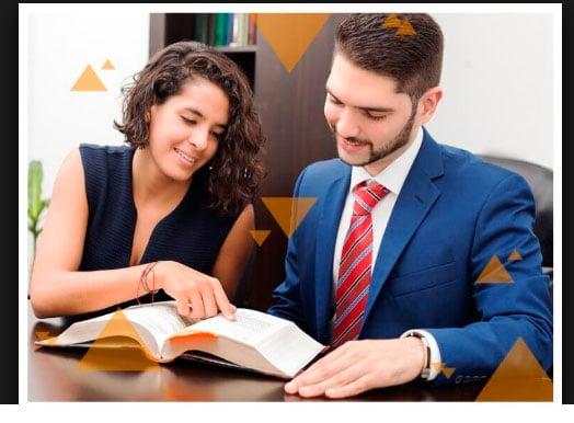 Que estudia un abogado
